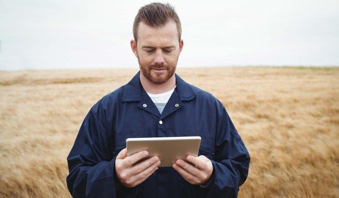 How Consumer-Style CRMs Unlock Agility in the Field
