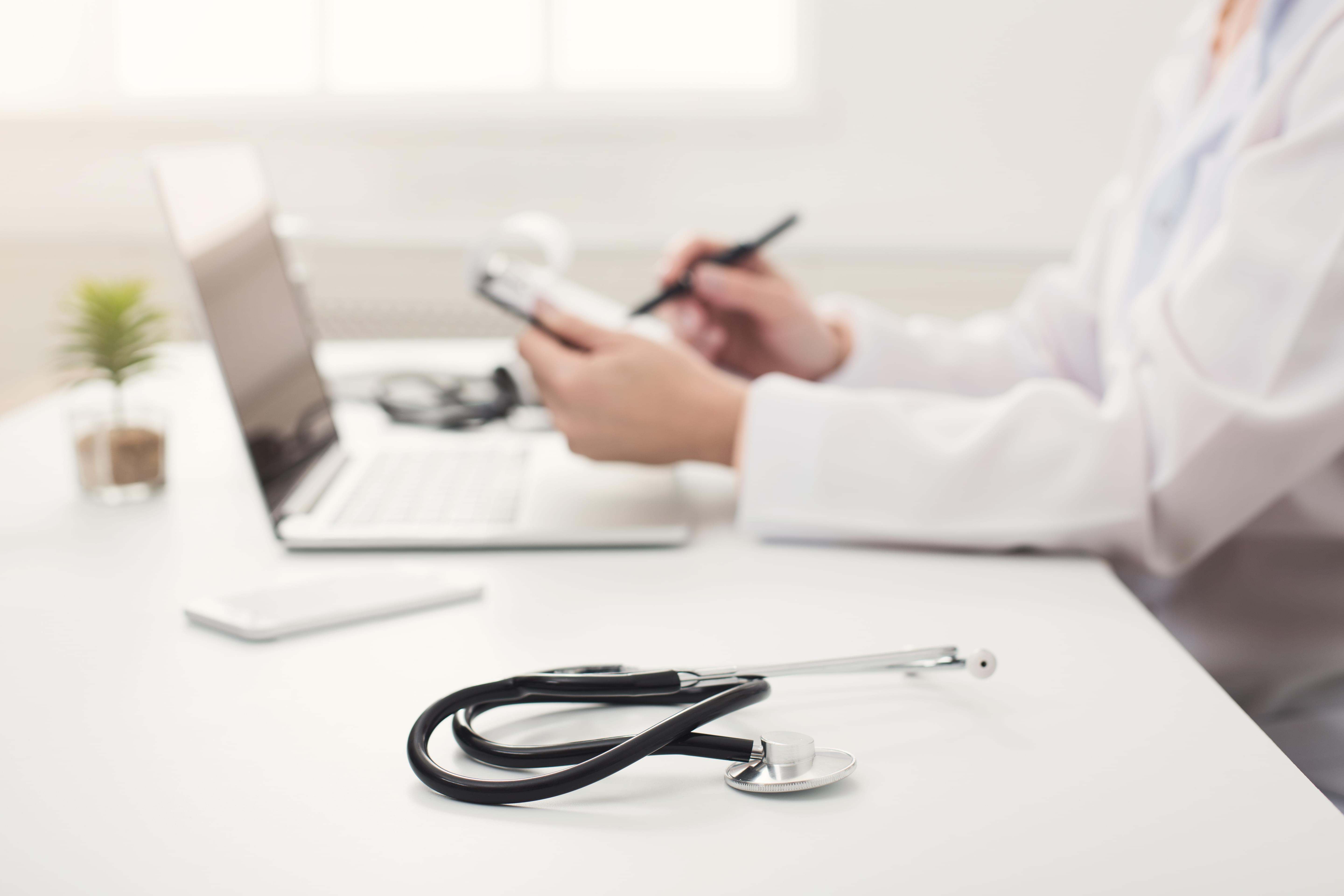 5 Cerner EHR Competitors for Hospitals and Small Practices