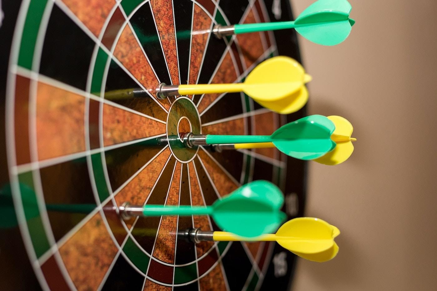 picture of magnetic dart board